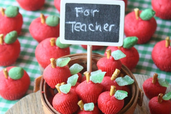 14 Tasty Teacher Apple Treats Too Sweet to Resist