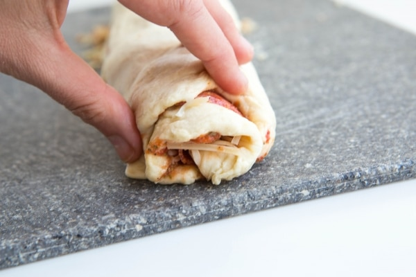 homemade-pizza-roll-ups_05