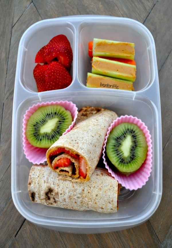 Food 27 Awesome Easy Lunches To Bring To Work. Deep down, you know the truth: Any lunch you make yourself will taste 17 times better than the slimy chopped salad you'd end up buying.