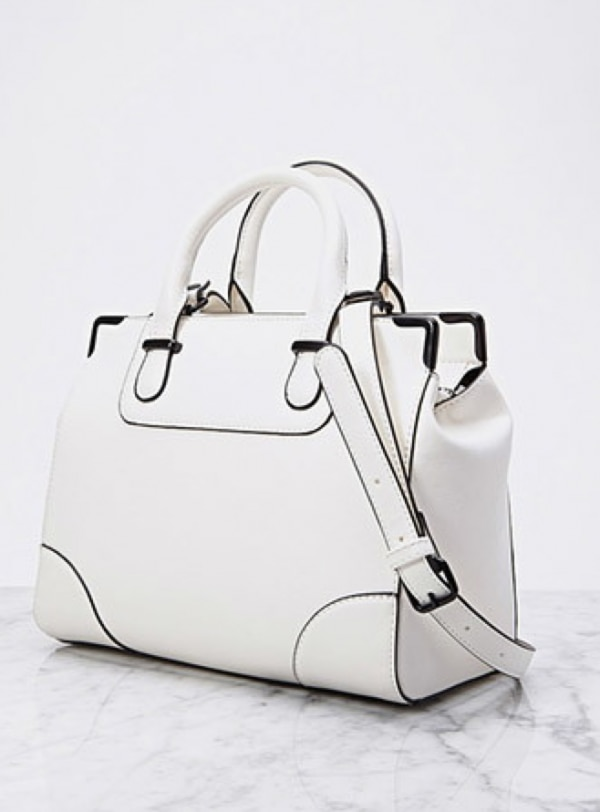 ways-to-wear-white-after-labor-day_leatherpurse