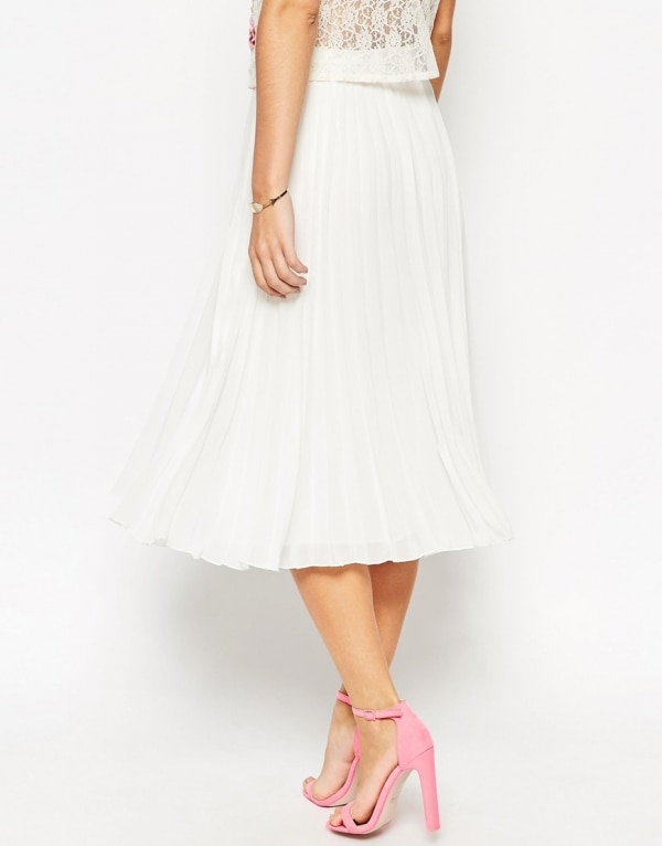 ways-to-wear-white-after-labor-day_midiskirt
