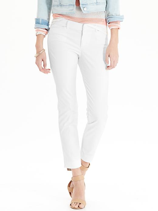 ways-to-wear-white-after-labor-day_whitechinos