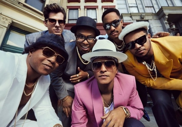 best-feel-good-songs_uptownfunk