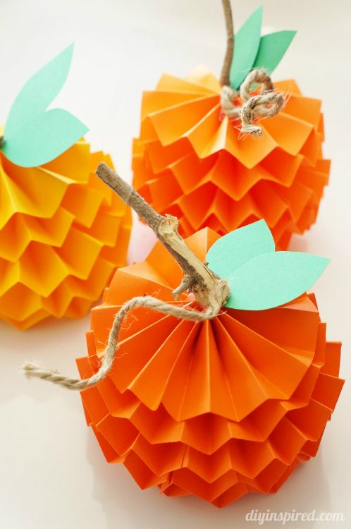 Celebrate the season 25 easy fall crafts for kids for Fall diy crafts pinterest
