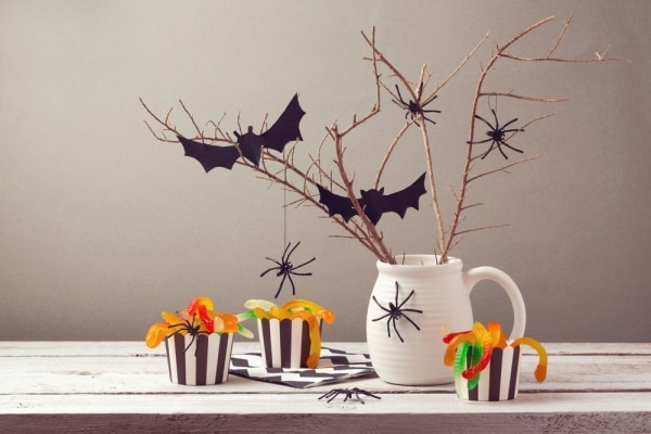 halloween-party-on-a-budget_01
