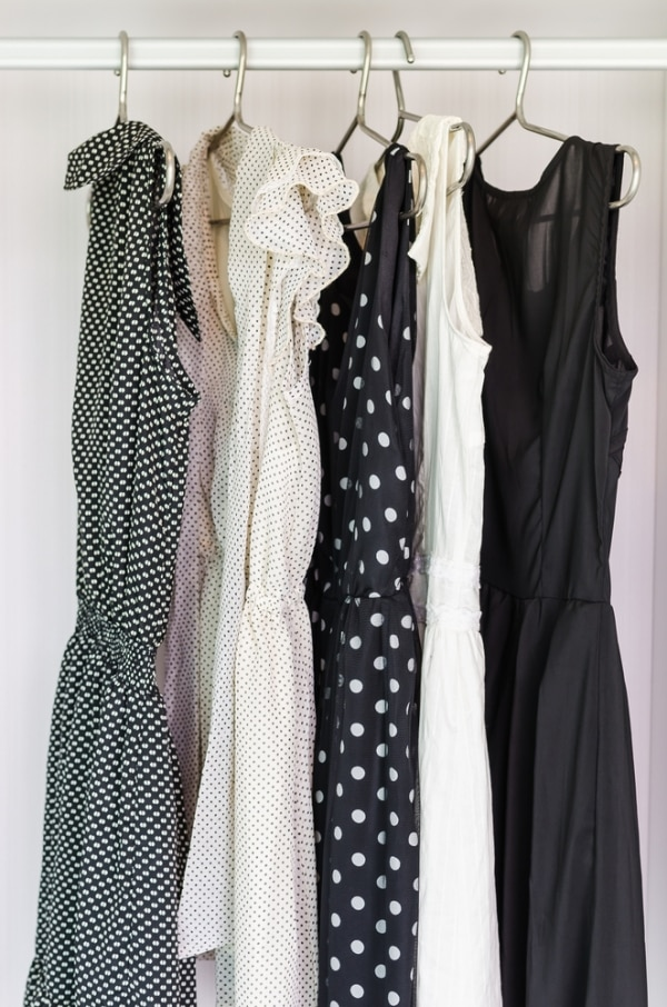 how-to-build-a-wardrobe-on-a-budget_01