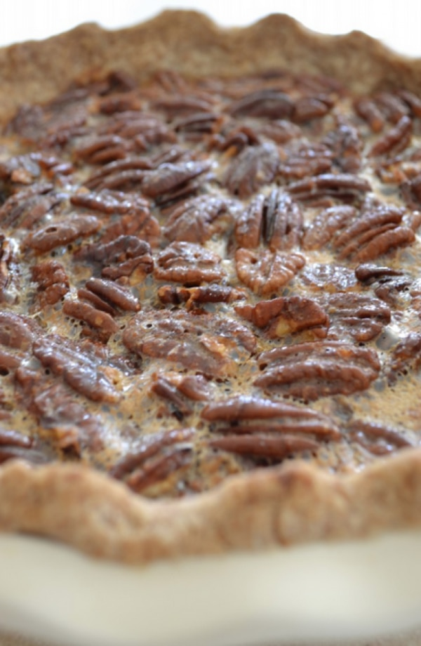 Easy Baking Recipes with Sugar Substitutes: Paleo Pecan Pie | thegoodstuff