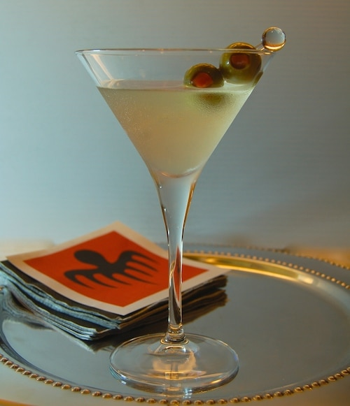 Feb 03,  · Dirty Martini. In the latest bond flick, Spectre, Bond and his love interest, Madeleine Swann, enjoy a train ride in the middle of the North African desert. The lady wears an irresistible green dress as she sits down to a romantic dinner our favourite English spy and orders a Dirty Martini. James naturally follows suit.
