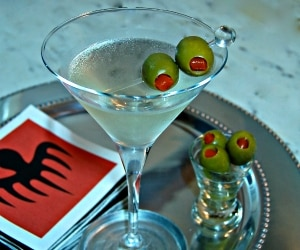 How to Make a Dirty Martini_feat