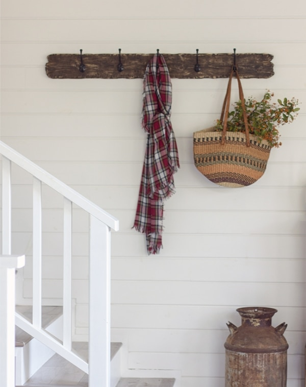 How to Organize Your Entryway: Reclaimed Wood Hooks | thegoodstuff