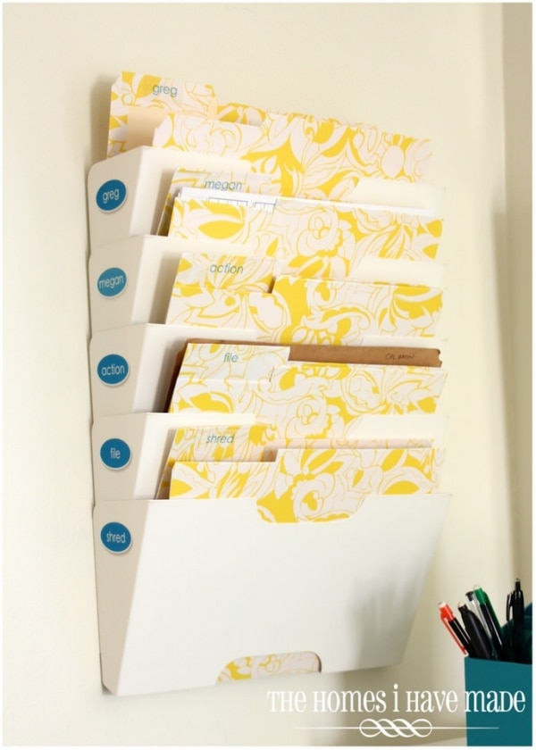 How to Organize Your Entryway: Customized Mail File | thegoodstuff