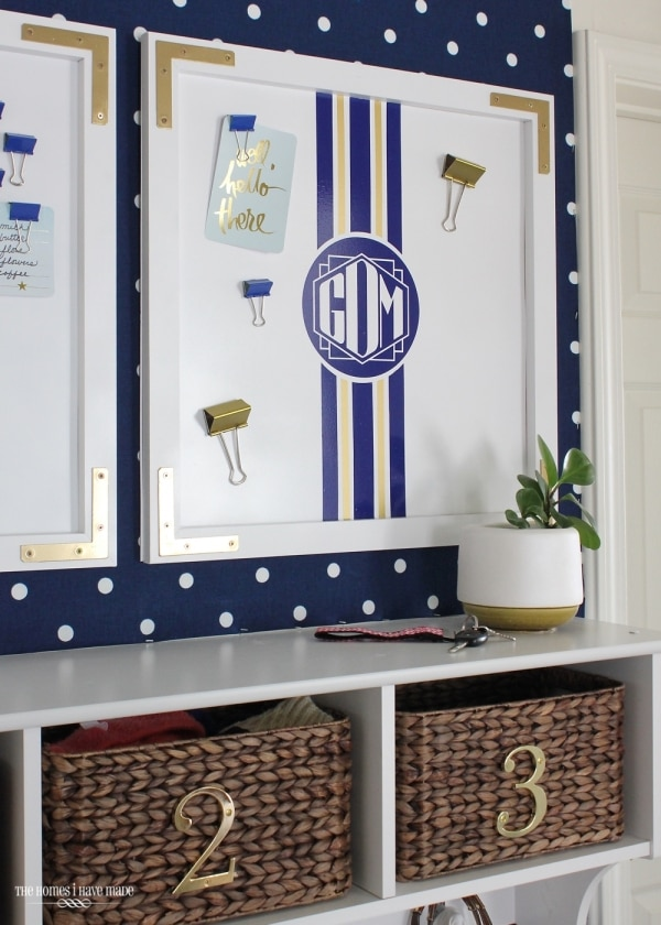 How to Organize Your Entryway: Magnetic Memo Board | thegoodstuff
