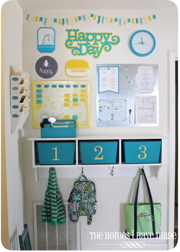 How to Organize Your Entryway: Family Command Center | thegoodstuff