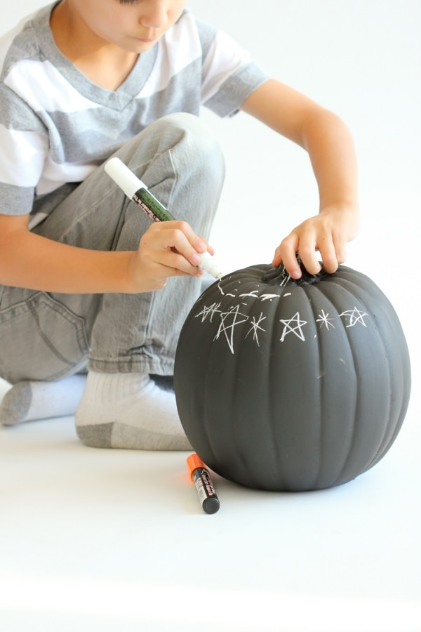 easy-halloween-crafts-for-kids_12