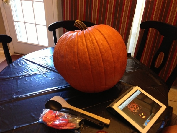 pumpkin-carving-hacks_02