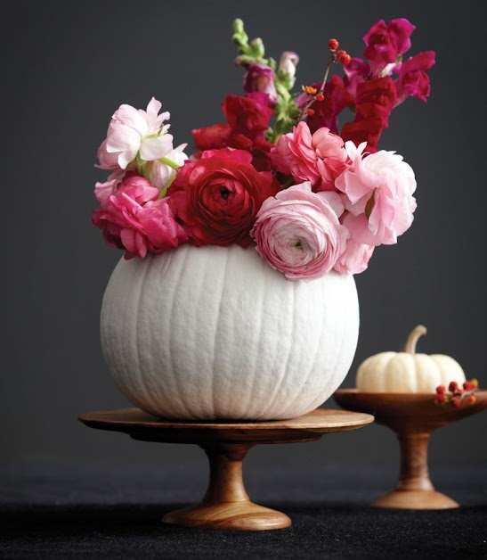 Surprising Uses for Pumpkin: Pumpkin Vase | thegoodstuff