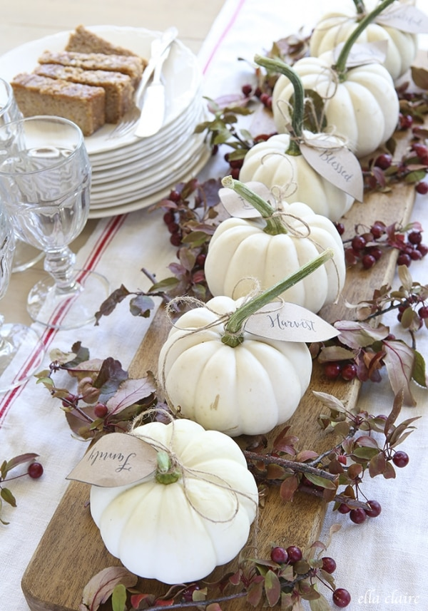 Gourds, Acorns & Leaves, Oh My! 9 DIY Fall Centerpieces: White Pumpkins & Printables | thegoodstuff