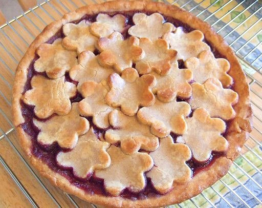 7 Easy Secrets for Decorative Pie Crust | thegoodstuff