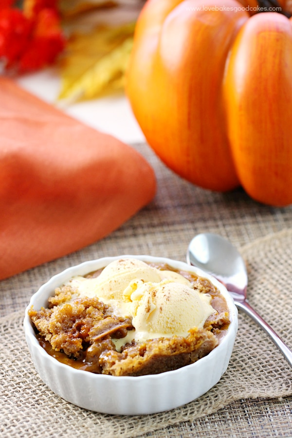 15 Delish Thanksgiving Desserts That Aren't Pie! | thegoodstuff