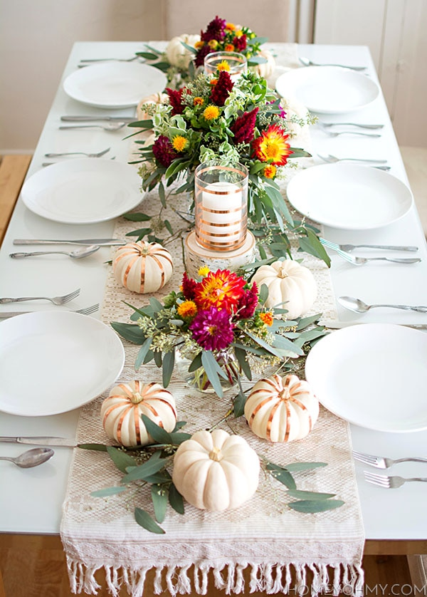 16 easy diy thanksgiving table d cor ideas thegoodstuff Simple thanksgiving table decorations