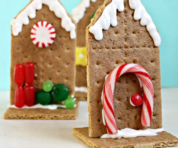 10 Festive & Fun Christmas Crafts for Kids
