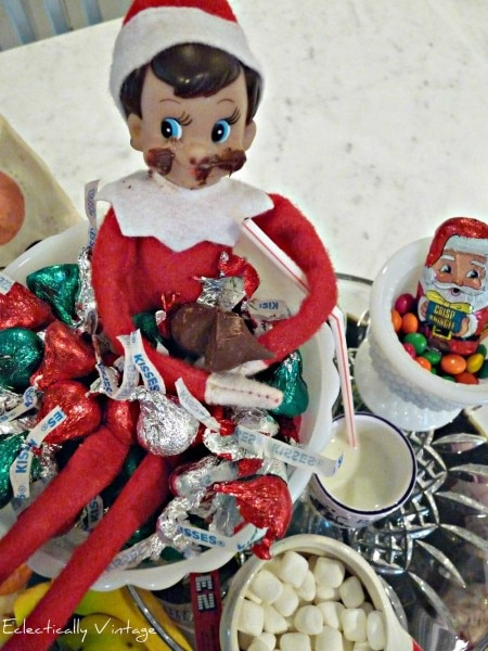 Easy Elf on the Shelf Ideas_21