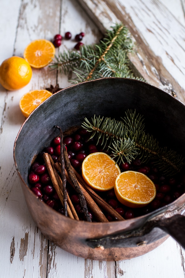 How to Make Your House Smell Like Christmas | thegoodstuff