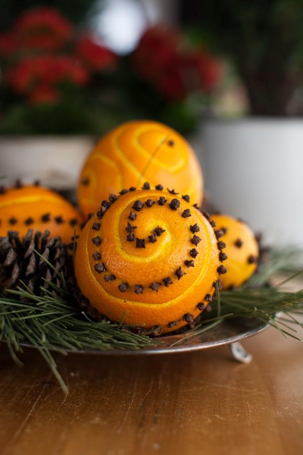 How to Make Your House Smell Like Christmas   thegoodstuff