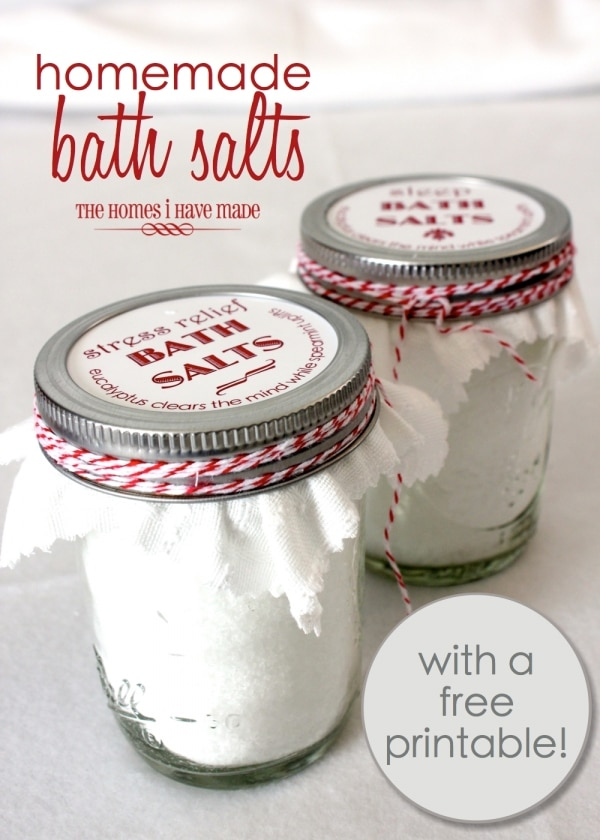 20 Mason Jar Gifts You Can Fill Wrap Amp Give Thegoodstuff