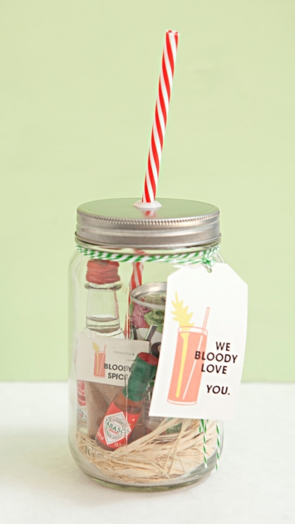20 Mason Jar Gifts You Can Fill