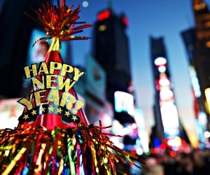 New Year's Eve 2015 Freebies_feat