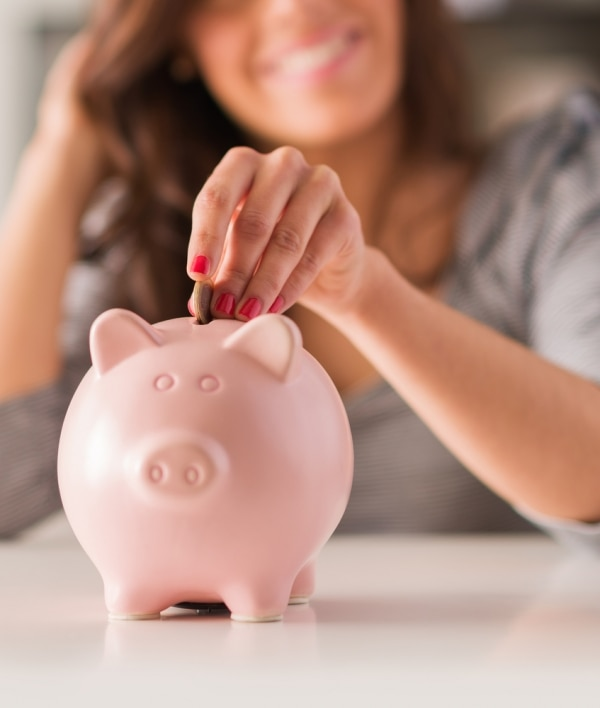 10 Financial Resolutions to Save More & Spend Less | thegoodstuff