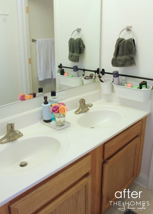 How to organize your bathroom in a weekend or less How to organize bathroom