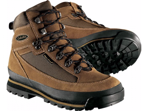 Happy Trails! Your Guide to Buying Hiking Boots That Fit | thegoodstuff