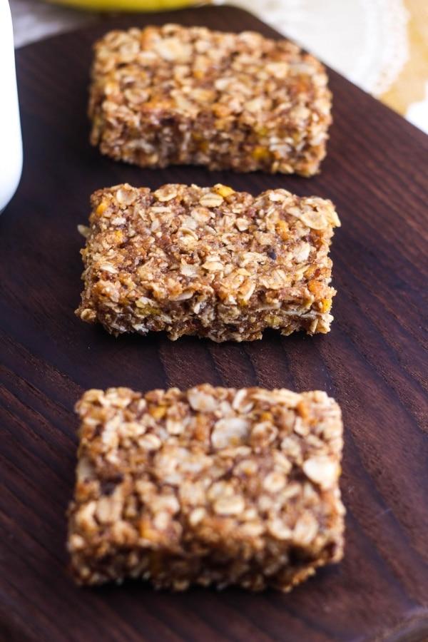 Make Your Own TSA-Friendly Healthy Travel Snacks!   thegoodstuff