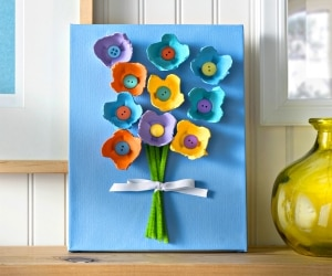 Make These Cheerful Egg Carton Flowers for Mom! | thegoodstuff