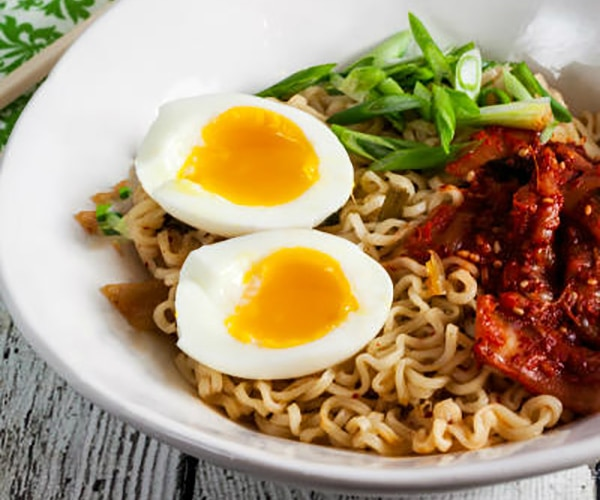 6 Ramen Noodle Recipes That Taste Outta This World | thegoodstuff