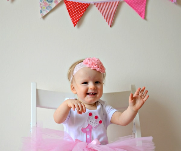 8816eb78f 17 First Birthday Party Ideas for Moms On a Budget - thegoodstuff