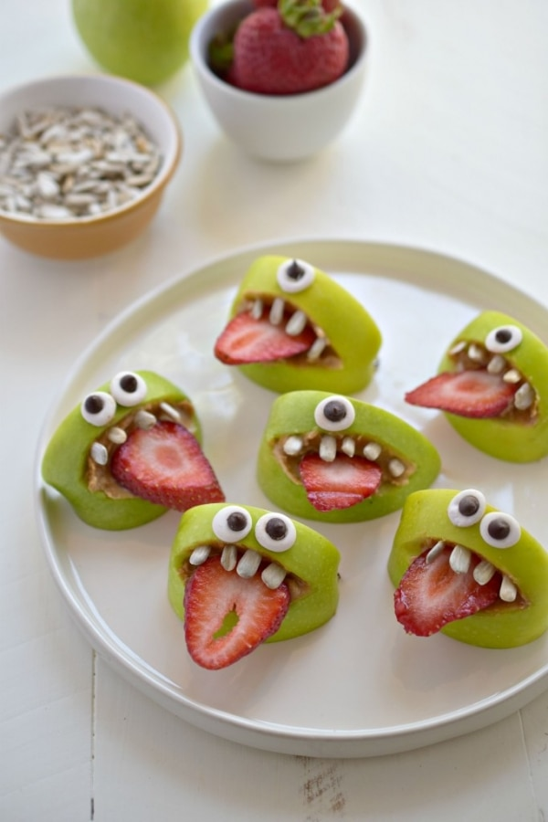 10 easy no bake halloween treats for your spooky shindig thegoodstuff - Halloween Trets