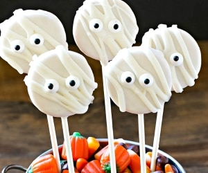 11 Easy No-Bake Halloween Treats for Your Spooky Shindig