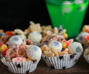 This Halloween Puppy Chow Recipe is Full of Spooky Surprises | thegoodstuff