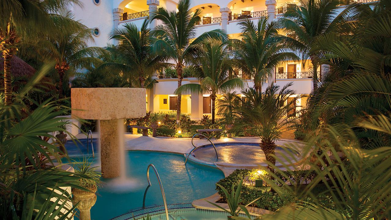Hyatt-Zilara-Cancun-P117-Spa-Ludic-Circuit-Area.gallery-2-3-item-panel