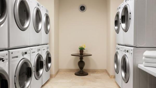 737x415xHyatt-House-Minot-P005-Complimentary-Laundry-Room-1280x720.jpg.pagespeed.ic.7jGU4z3r1w