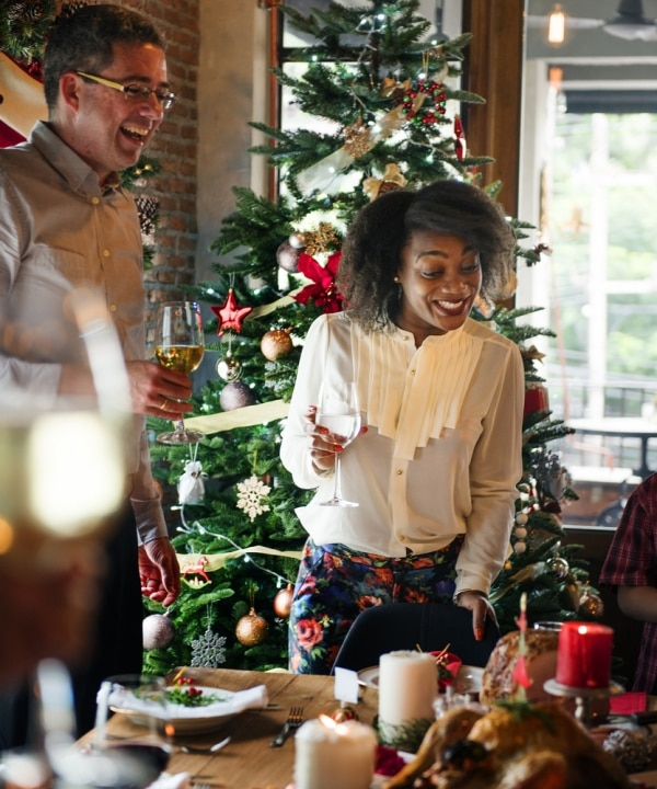 9 Christmas Gift Exchange Ideas to Trim Your Holiday Spending | thegoodstuff