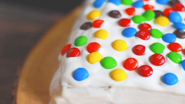 This Ice Cream Sandwich Cake Recipe is Our Fave Birthday Treat | thegoodstuff