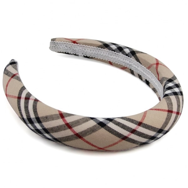 24 Ways to Bundle Up in Burberry Plaid — Without the Cost! | thegoodstuff