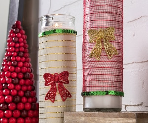 Dress Up Your Home with This DIY Dollar Store Christmas Candle | thegoodstuff