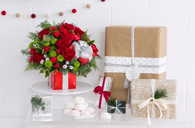 Teleflora Gift Wrapped Bouquet Styled_31