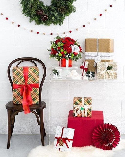 teleflora-gift-wrapped