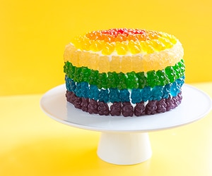 This Rainbow Gummy Bear Cake is the Best Thing Ever | thegoodstuff